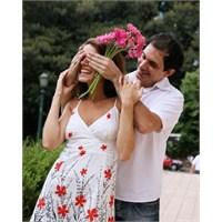 Kadınların Yüzde 41'i Eski Sevgilisini Unutamıyor