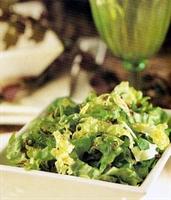 Sıcak Hardal Soslu Ispanak Salatası