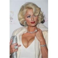 Marilyn Hilton Tease parfümünü tanıttı