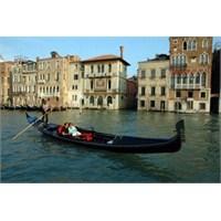 Bir Tatil Klasiği, Venedik