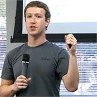 Mark Zuckerberg'in Yeni Eğlencesi Politika!
