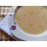 Pırasalı Tarhana Çorbası