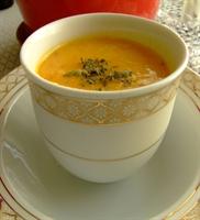 Portakal Aromalı Havuç Çorbası