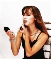 Kadınlar Neden Makyaj Sever