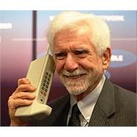 Dünyadaki İlk Cep Telefonu