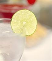 Buzlu Su İçerek Formda Kalın..