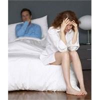 Yatakta Hata Yapan Kadınlar
