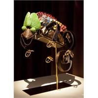 Louis Vuitton'dan Hayvan Heykeli