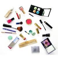 Kozmetik Ürünlerin İçindeki Bilinmeyenler