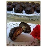 Çikolatalı- Fındıklı Sürpriz