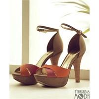 Sezona Çıkış Yapan Markadan Görülesi Ayakkabılar