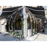 Karaköy'ün En Ünlü Çay Evi: Dem Karaköy