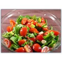 Yemekten Önce Sirkeli Salata