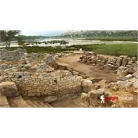 Yok Olan Likya Limanı, Andriake