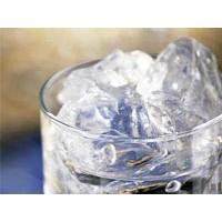 Su değil buzlu su ile zayıflayın