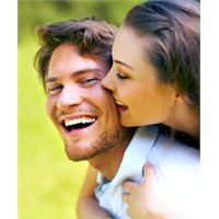 Duygusal Olarak Güçlü Çift