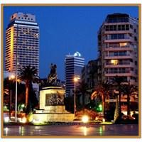 Atatürk Heykeli Ve Cumhuriyet Meydanı | İzmir