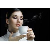 Günde Üç Fincan Kahve Ölüm Riskini Azaltıyor
