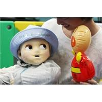 Japonlardan Robot Bebek Harikası