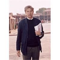 Orhan Pamuk'tan Saf Ve Düşünceli Romancı