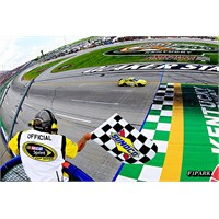 Nascar: Kentucky'de Zafer Kenseth'in