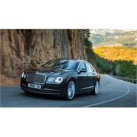 Bentley Lüksü Performans İle Buluşturdu
