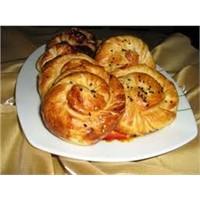 5 Çayında Tahinli Çörek