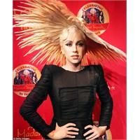 Gaga'nın Kendisi Değil, Mumyası!