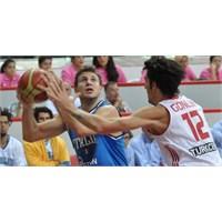 Bir Garip Basketbol İşkencesi  : Türkiye 82 – 83