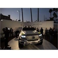 Mercedes- Benz Ener- G Force