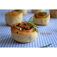 Zeytin Peynirli Ekmek Ve Ekmek Hikayesi
