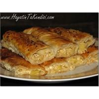 Patatesli Ve Peynirli Börek