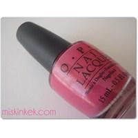 Sıcak Tonlu Parlak Pembe Oje /opi That's Hot! Pink