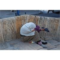 Kaldır Başını Kadın Anam Eğdirenler Utansın -1