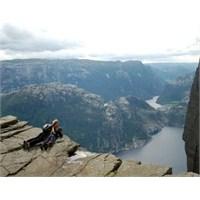 Tablo Gibi Büyüleyen Norveç