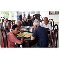 Çin'de Yaşlı Bakımına Daha Batılı Bir Yaklaşım