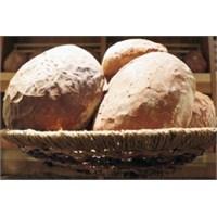 Ekmeksiz Diyet Mutsuz Ve Huzursuz Ediyor