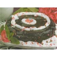 Çikolatalı Güllük Pastası