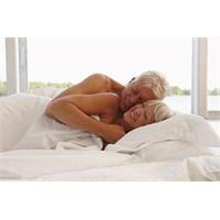 Yaşlılık Döneminde Cinsel İlişki Sağlığı Ne Olmalı
