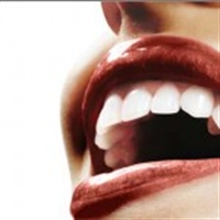 Pratik Bir Şekilde Diş Beyazlatmak