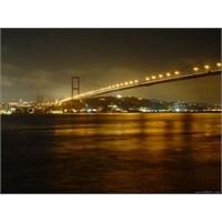 Aşkım İzmir, Gurbetlik İstanbul…