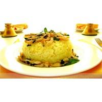 Safranlı Tavuklu Pilav