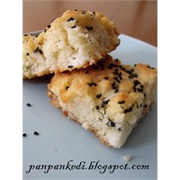 Peynirli Dereotlu Tepsi Keki