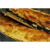 Ispanaklı Mantarlı Kol Böreği