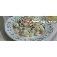 Mayonezli Makarna Salatası Tarifi