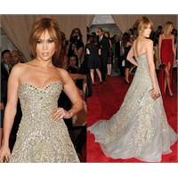 Jennifer Lopez Ve Gece Elbiseleri
