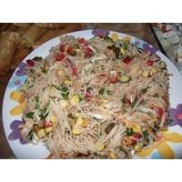 Tavuklu Tel Şehriye Salatası Nasıl Yapılır