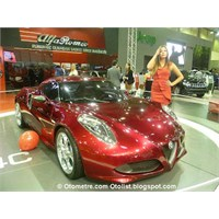 Alfa Romeo'dan Farkli Bir Otomobil