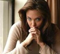 Angelina Jolie'nin Sarımsak Çayı