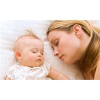 Bebeğinizi Rahat Uyutmanın 7 Yolu